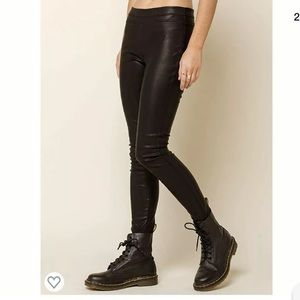 Blank NYC faux leather leggings size 26